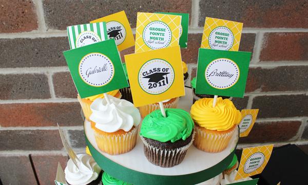Graduation Cupcake Circles