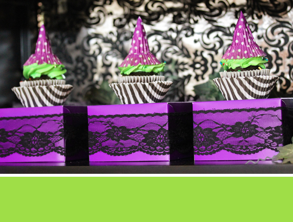 Witch Hat Cupcake Toppers | 505-design.com