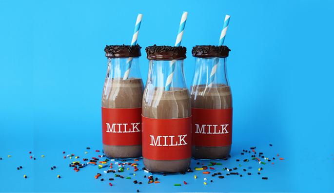 Create Cute Milk Jars by 505-design.com